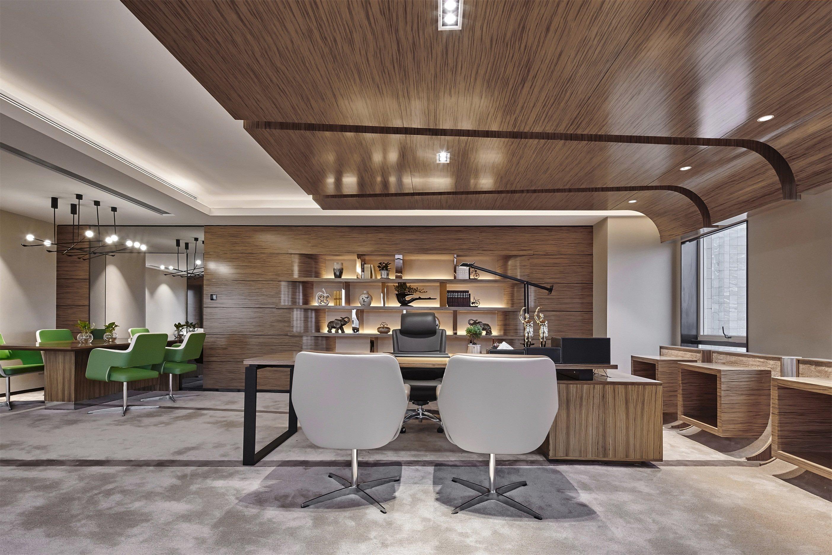 上海盛世嘉创投资办公空间装修设计
