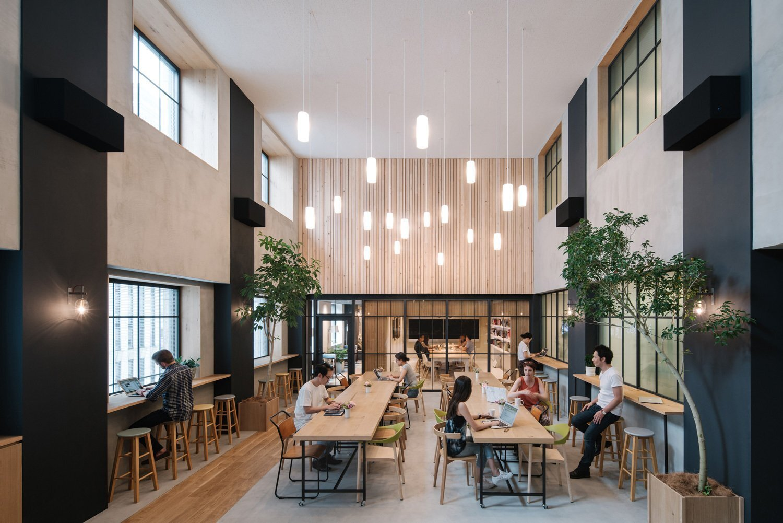 办公空间装修中家具的设计感